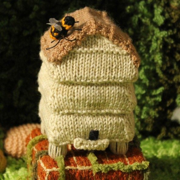Beehive Knitting Pattern - Download